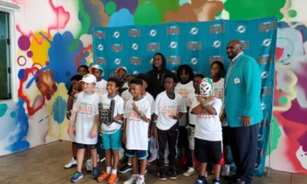 FOOTBALL UNITES COMMUNITY TAILGATE (Jets-Dolphins)