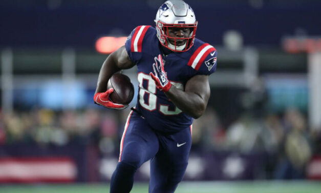 Dolphins Kick-Off Free Agency, Sign Allen