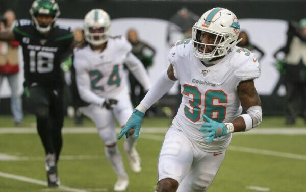 Dolphins Announce They Are Re-Signing Safety Adrian Colbert