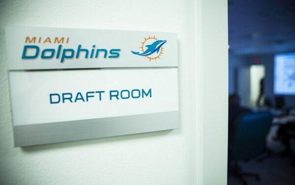 DolphinsTalk.com Pre-Combine Mock Draft