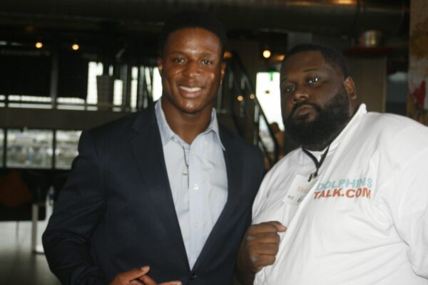 VIDEO: Kenyan Drake Interview – COCKTAILS FOR A CAUSE