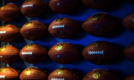 Top 6 NFL Quarterbacks to Root for This Season