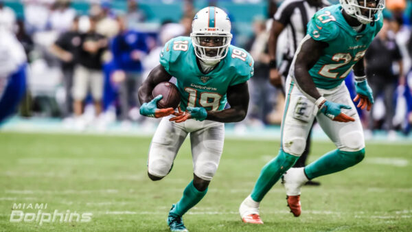 DolphinsTalk Podcast: Experts All Over the Map on Where Fins will Finish in AFC East