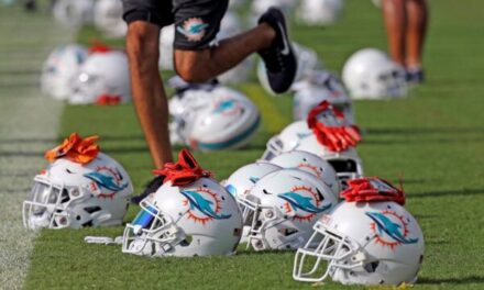 DolphinsTalk Podcast: Fallout From Griffin/LeBlanc Signings & Should Miami Trade for Chandler Jones
