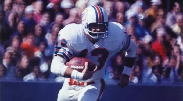 Dolphins Legend and Super Bowl MVP Jake Scott Passes Away