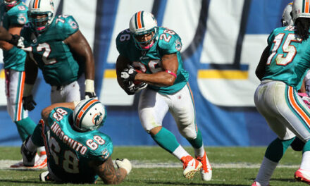 DT Daily 8/18: Lex Hilliard Interview & Thoughts on Dolphins Practice