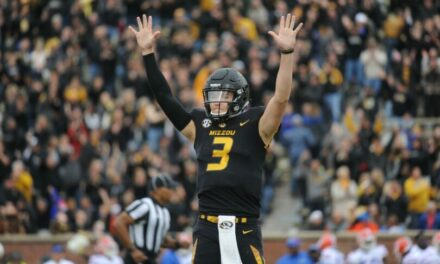 DT Daily 3/22: Drew Lock, Mike Hull, and more on QB Debate