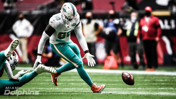 DolphinsTalk Podcast: The Dolphins Running Back Situation & More Praise for Miami's Defense