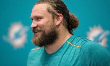 Josh Sitton has Season Ending Injury, Placed on IR