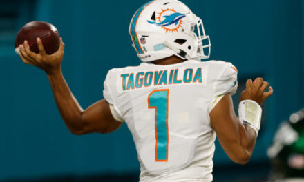 Rich Eisen & Tony Dungy on The Dolphins Naming Tua the Starter