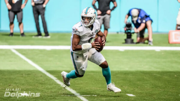 Tua Tagovailoa lands on Miami Dolphins' Week 11 injury report