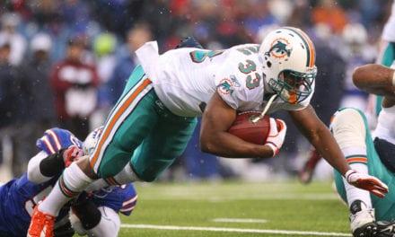 Dolphins Bring Back RB Daniel Thomas