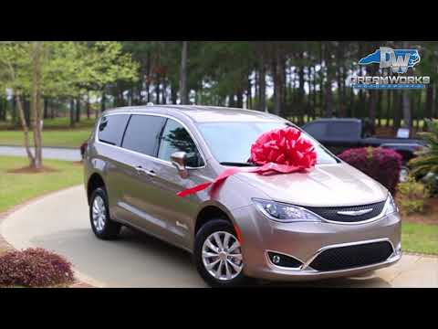VIDEO: Charles Harris Surprises Mom with House and Car